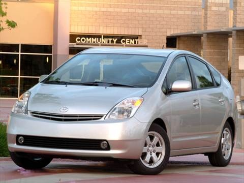 2004 Toyota Prius Sedan 4D  photo