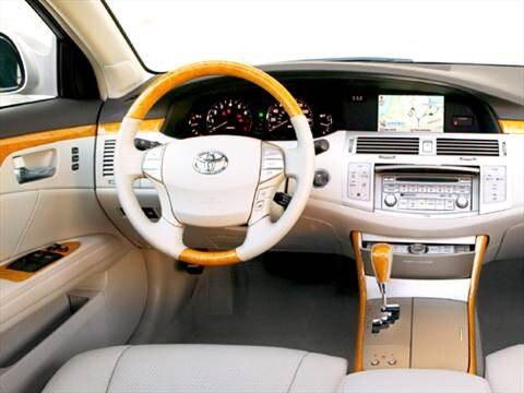 2005 Toyota Avalon XL Sedan 4D  photo