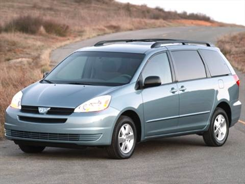 2005 Toyota Sienna CE Minivan 4D  photo