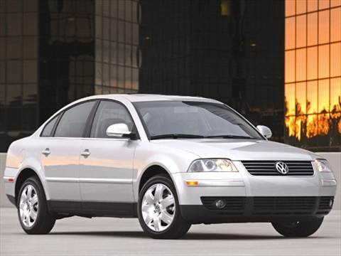 2005 Volkswagen Passat GL Sedan 4D  photo