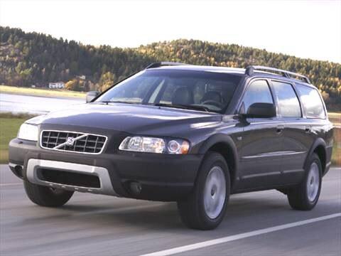 2005 Volvo XC70 2.5T Wagon 4D  photo