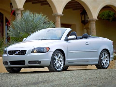 2006 Volvo C70 T5 Convertible 2D  photo