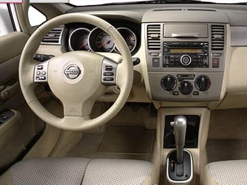 2009 Nissan Versa Sedan 4D  photo