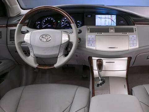 2010 Toyota Avalon XL Sedan 4D  photo