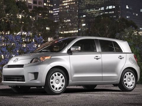 2011 Scion xD Hatchback 4D  photo