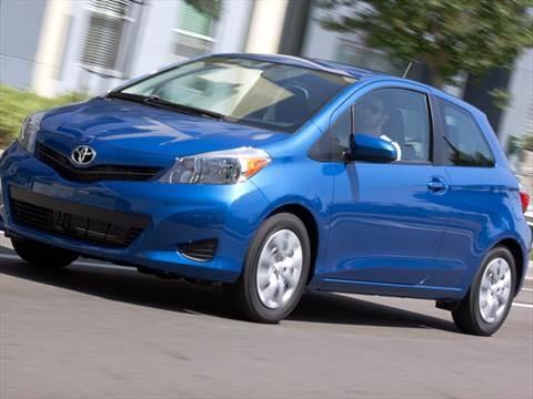 2012 Toyota Yaris L Hatchback 3D  photo