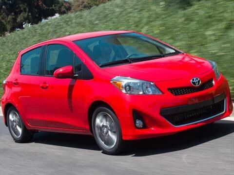 2012 Toyota Yaris L Hatchback 5D  photo