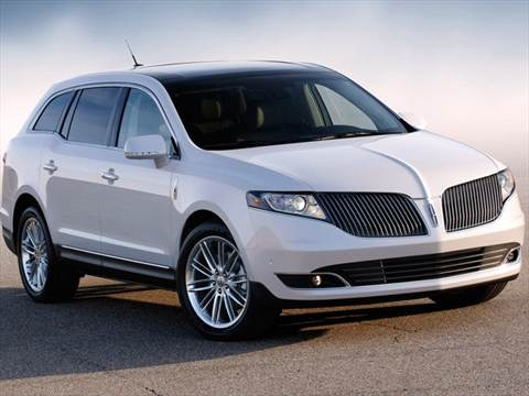 2013 Lincoln MKT Sport Utility 4D  photo